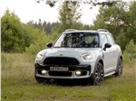 MINI Countryman - MINI Countryman D 2017 вид спереди