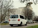 Volkswagen Caravelle - Volkswagen Caravelle вид сзади