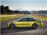 BMW M4 Coupe 2014 вид сбоку фото 1