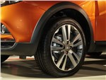 Lada Vesta Cross 2018 переднее колесо