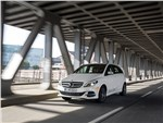 Mercedes-Benz B-Class Electric Drive 2014 фото в динамике