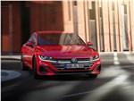 Volkswagen Arteon - Volkswagen Arteon (2021) вид спереди