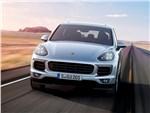 Porsche Cayenne 2015 вид спереди