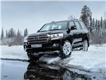 Toyota Land Cruiser - Toyota Land Cruiser 2016 вид спереди