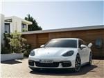 Porsche Panamera Sport Turismo 2018 вид спереди