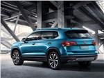 Volkswagen Tarek - Volkswagen Tarek 2020 вид сзади