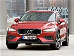 Volvo V60 Cross Country - Volvo V60 Cross Country 2019 вид спереди
