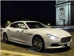Maserati Quattroporte 2019 вид спереди