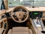 Porsche Panamera S E-Hybrid - Porsche Panamera S E-Hybrid 2013 салон
