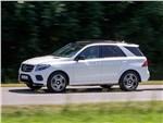 Mercedes-Benz GLE - Mercedes-Benz GLE 2016 вид сбоку