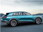 Audi e-Tron quattro 2015 вид сбоку