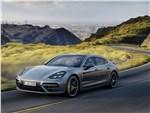Porsche Panamera Executive - Porsche Panamera Executive 2017 вид спереди сбоку