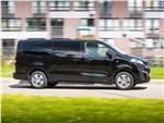 Peugeot Traveller 2018 вид сбоку