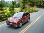 Subaru Forester 2019 вид спереди сверху