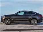 BMW X4 - BMW X4 2019 вид сбоку