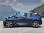 BMW i3 - BMW i3 2018 вид сбоку