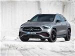 Mercedes-Benz GLA 2021 вид спереди