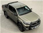 Toyota HiLux - Toyota Hilux (2021) вид спереди