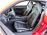 Porsche Cayman S 2013 стандартные кресла