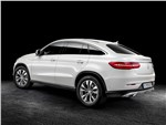 Mercedes-Benz GLE Coupe - Mercedes-Benz GLE Coupe 2016 вид сзади сбоку
