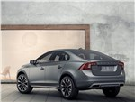 Volvo S60 Cross Country - Volvo S60 Cross Country 2016 вид сбоку сзади фото 2