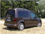 Volkswagen Caddy - Volkswagen Caddy 2016 вид сбоку сзади