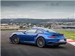 Porsche 911 Turbo - Porsche 911 Turbo 2016 вид сбоку сзади