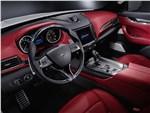 Maserati Levante - Maserati Levante 2017 водительское место