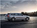 Volvo V90 Estate 2017 вид сзади сбоку