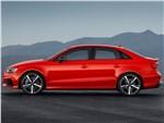 Audi RS3 Sedan 2017 вид сбоку