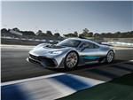Mercedes-Benz AMG Project ONE Concept 2017 вид сбоку