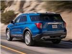 Ford Explorer - Ford Explorer 2020 вид сзади