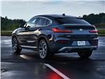 BMW X4 - BMW X4 2019 вид сзади