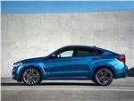 BMW X6 M - BMW X6 M 2016 вид сбоку