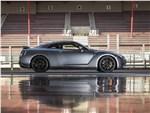 Nissan GT-R - Nissan GT-R 2017 вид сбоку