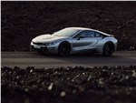 BMW i8 Coupe 2019 вид сбоку