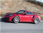 Porsche 911 GT2 RS - Porsche 911 GT2 RS 2018 вид сбоку