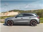 Mercedes-Benz GLA 2021 вид сбоку