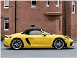 Porsche 718 Spyder - Porsche 718 Spyder 2020 вид сбоку