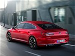 Volkswagen Arteon - Volkswagen Arteon (2021) вид сзади