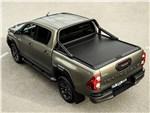 Toyota HiLux - Toyota Hilux (2021) вид сзади
