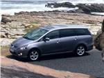 Mitsubishi Grandis -