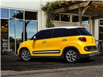 Fiat 500L Trekking 2014 вид сбоку