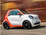 Smart Fortwo Coupe - Smart Fortwo 2015 вид спереди сбоку