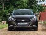 Hyundai i40 2015 вид спереди