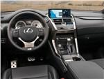Lexus NX -
