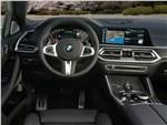BMW X6 - BMW X6 M50i 2020 водительское место
