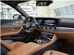 Mercedes-Benz E-Class - Mercedes-Benz E-Klasse 2017 салон