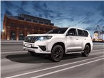 Toyota Land Cruiser Prado Black Onyx