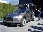 Tesla Motors начала серийное производство кроссовера Tesla Model X